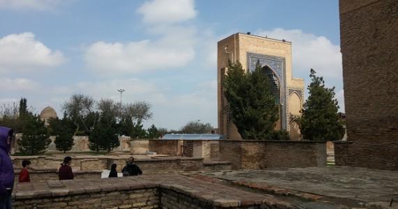 Боковой дворик Гур Эмира